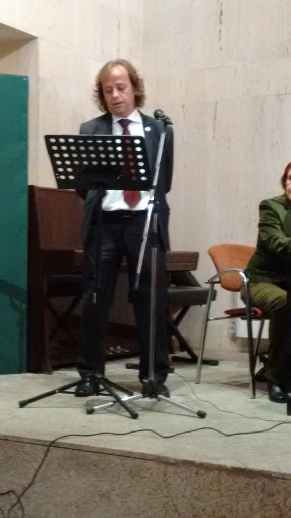 La tercera intervención fue la del presidente del Ateneo, que elogió la figura de Esteban y del trabajo realizado por él.